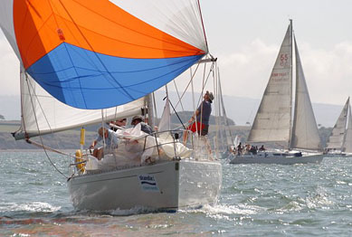 Sigma 38 going downwind